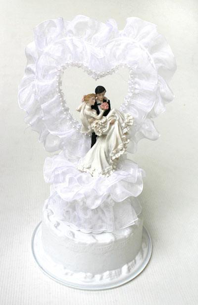 Joli decor avec coeur pour gateau de mariage centerblog - Decoration gateau mariage ...
