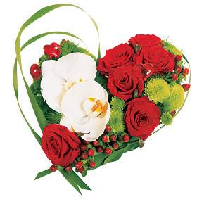 Jolie composition de fleurs en forme de coeur fleurs en forme de coeur - Fleurs en forme de coeur ...