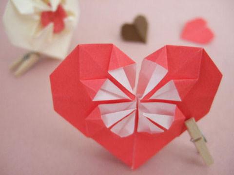 bricolage coeur en origami centerblog. Black Bedroom Furniture Sets. Home Design Ideas