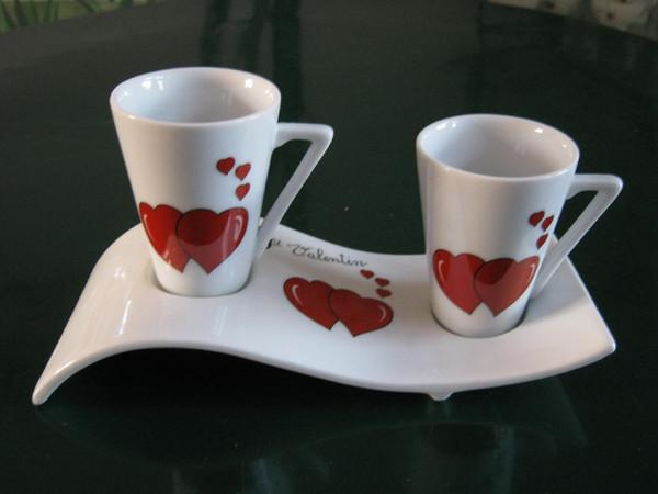 un joli service pour boire le caf en amoureux centerblog. Black Bedroom Furniture Sets. Home Design Ideas