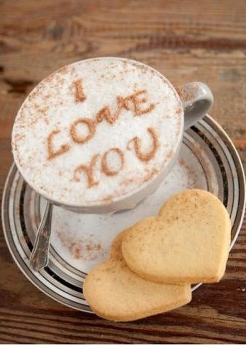 Café a déguster avec de bons sablé-coeur
