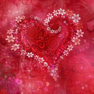 Magnifique Coeur Rouge Avec Decor De Roses Magnifique Coeur