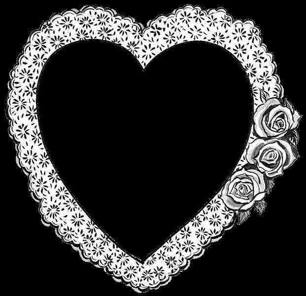 Coeur noir avec dentelle et fleurs