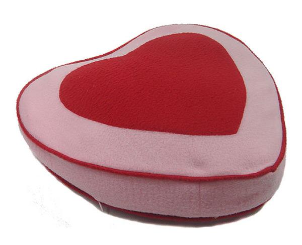 Objet coeur lit pour chien centerblog - Tete de lit en forme de coeur ...